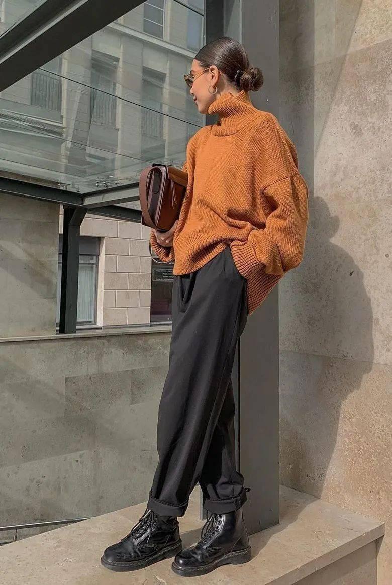 马丁靴+裙子,马丁靴+工装裤……又酷又撩,时髦炸了!     第10张