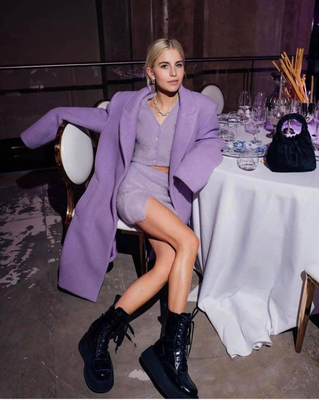 马丁靴+裙子,马丁靴+工装裤……又酷又撩,时髦炸了!     第67张