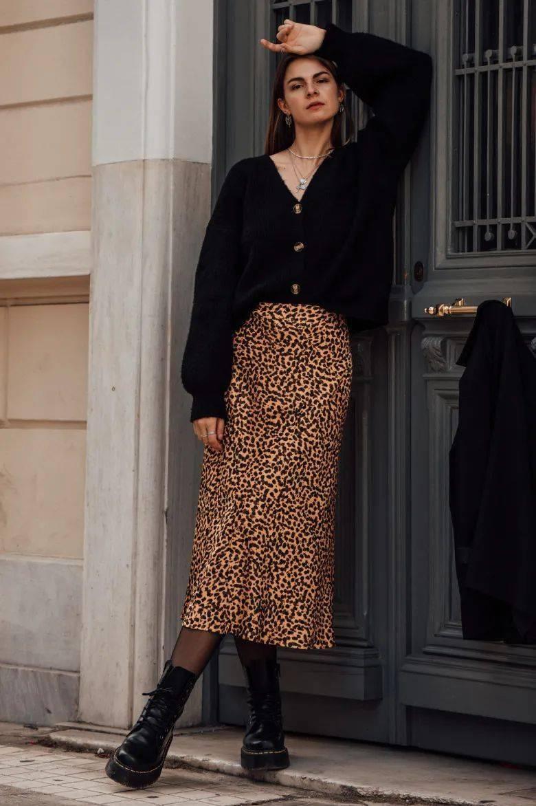 马丁靴+裙子,马丁靴+工装裤……又酷又撩,时髦炸了!     第9张