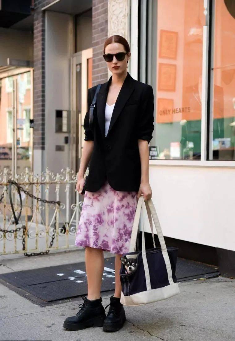 马丁靴+裙子,马丁靴+工装裤……又酷又撩,时髦炸了!     第25张