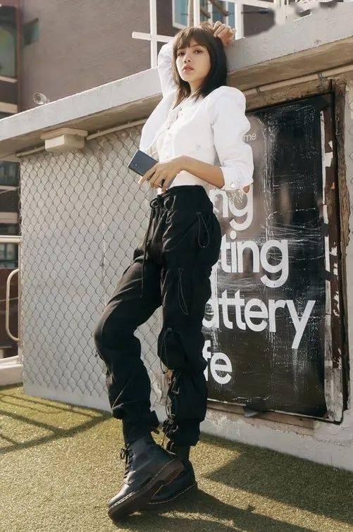 马丁靴+裙子,马丁靴+工装裤……又酷又撩,时髦炸了!     第2张