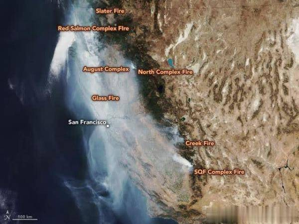 烧掉20个纽约!美国加州山火染红月亮太空可见,专家:已破纪录
