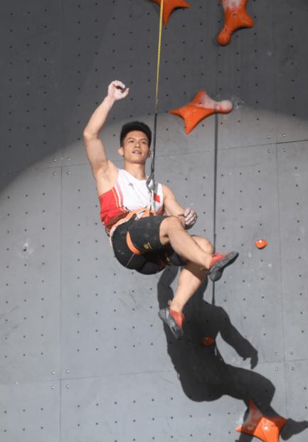 中国攀登联赛决赛创造新成绩速度攀登双