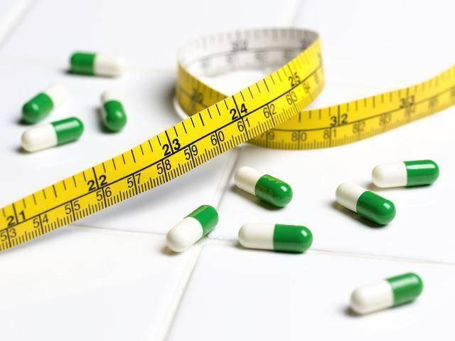 朋友圈千奇百怪的减肥药到底有没有效?吃坏身体不说还会留案底