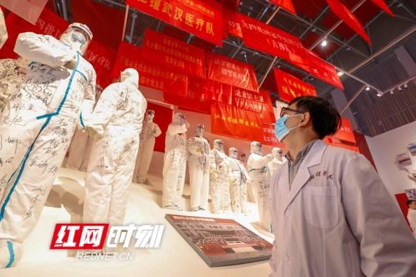 武汉抗疫展丨湘雅医师赵春光:在和平年代 我上过战场