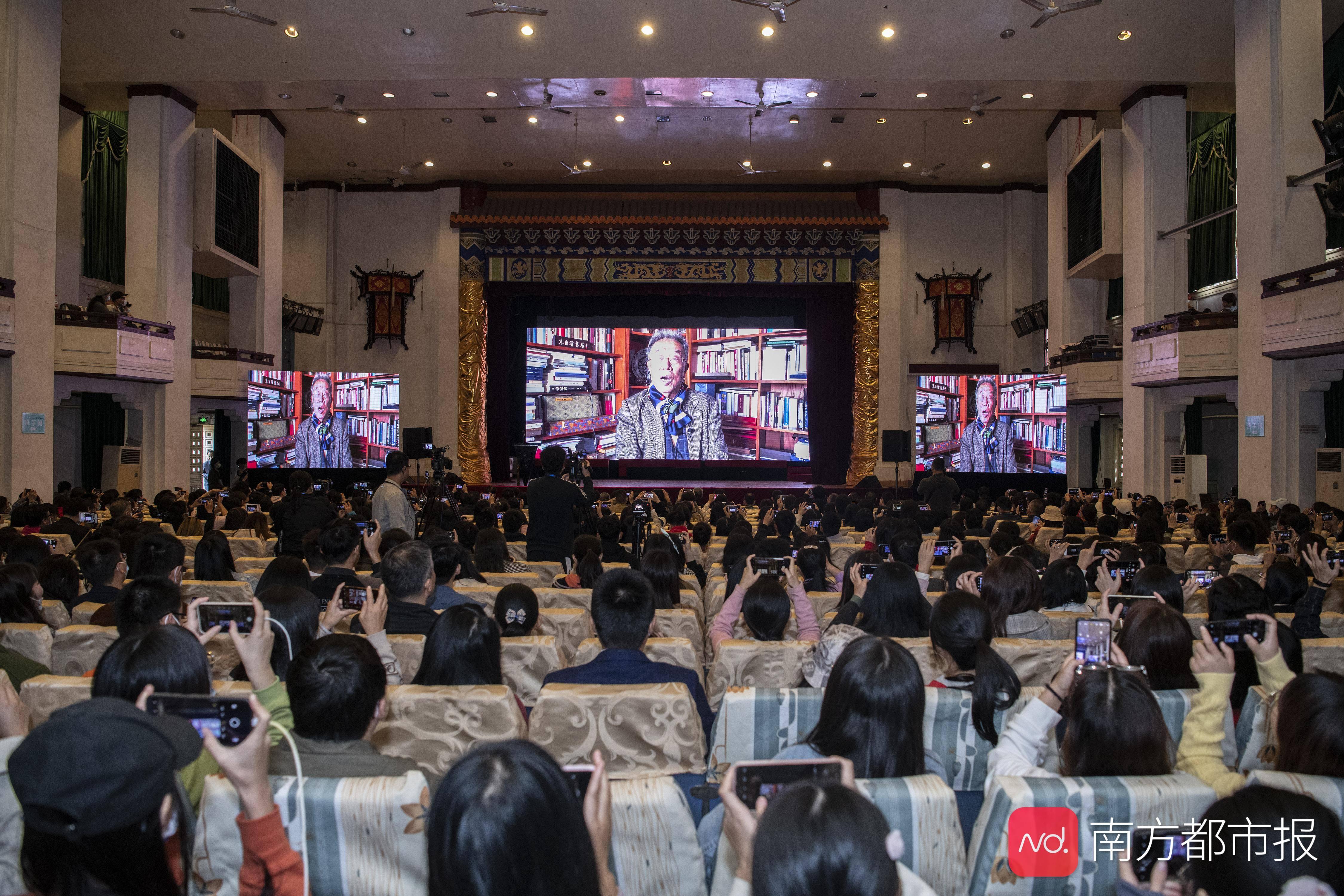 王蒙、李敬泽、韩少功、舒婷……一场漓江之畔的文学聚会