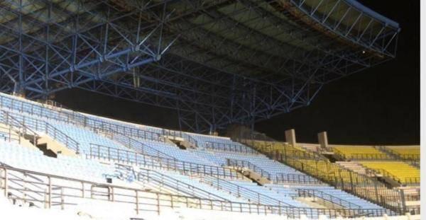 希腊总理撤销允许部分球迷现场观看足球赛事的决定