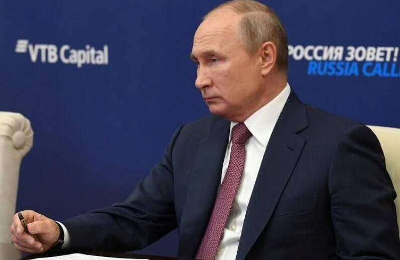 """克宫:普京与亚美尼亚及阿塞拜疆领导人通话,讨论""""纳卡""""局势"""