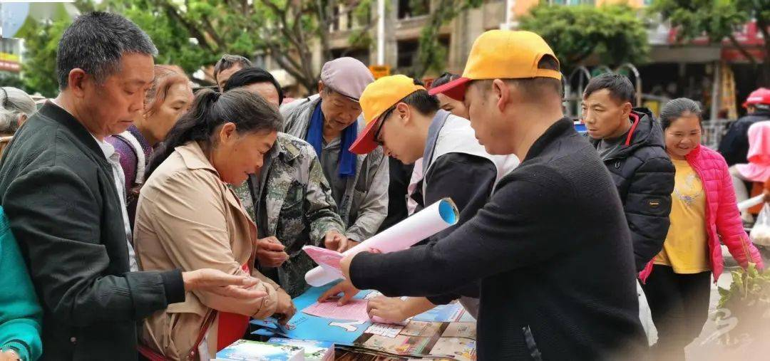 马关县人口_马关县级领导深入人口普查一线调研指导普查工作
