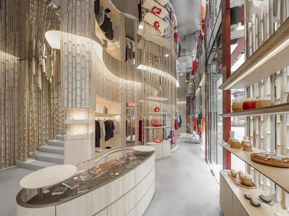 """硬核消费趋势来了,一大波""""精品店""""入侵购物中心……"""