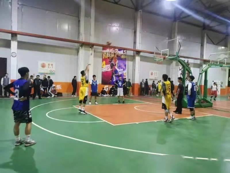 """篮球豪门盛宴开启!""""青岛球王"""" ?系列赛篮球比赛开赛"""