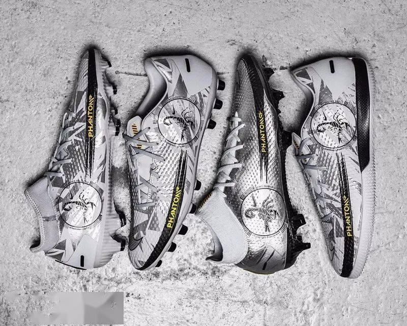 收集好的商品,这双新靴子将帮助你在这个冬天发光