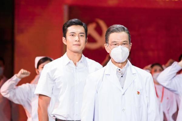 多重视角还原英雄人物 《故事里的中国》用真实细节致敬时代