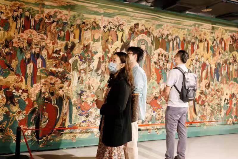 32米长明代毗卢寺复原临摹壁画亮相深圳