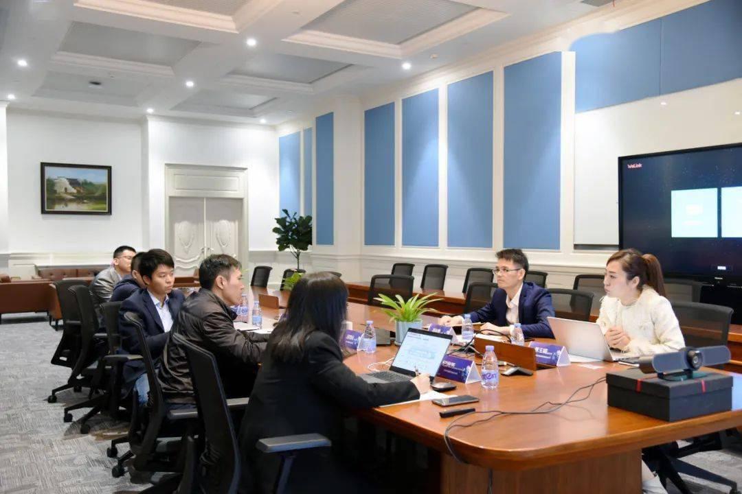 华为携手前海数据共同发布智慧城市经济与产业联合解决方案