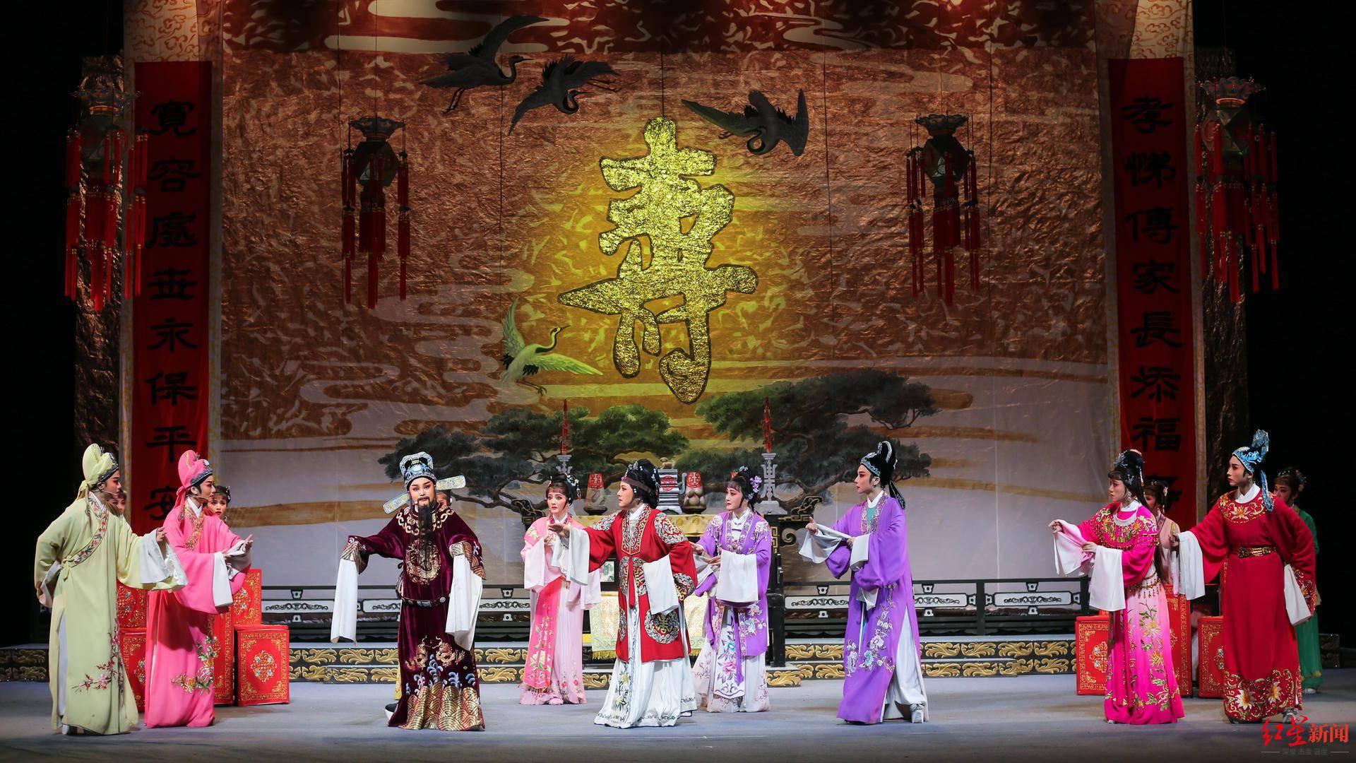 弘扬传统文化 彭州来了浙江小百花越剧团