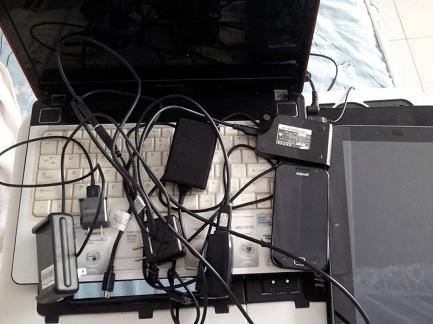 """这款充电线逆天了!一条顶三条,让其他线都""""下岗""""吧"""