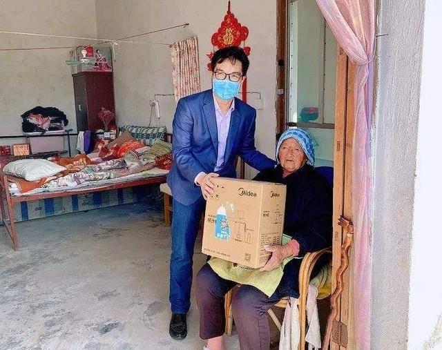 四团镇丨102岁的她梦想成真了,这样的晚年生活你羡慕了吗?