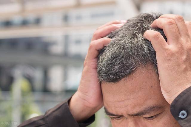 《自然》发文,揭示压力太大如何催生白发