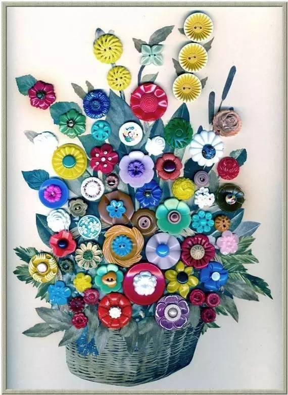 用纽扣做成的花裙子,太有创意了!