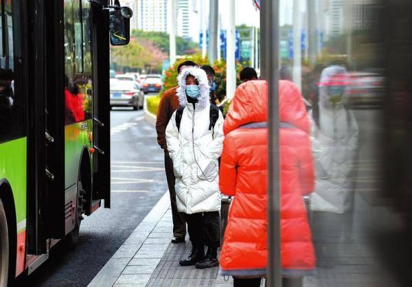 """冷空气""""动真格""""!5.7℃!南宁遇今年下半年最低温度"""