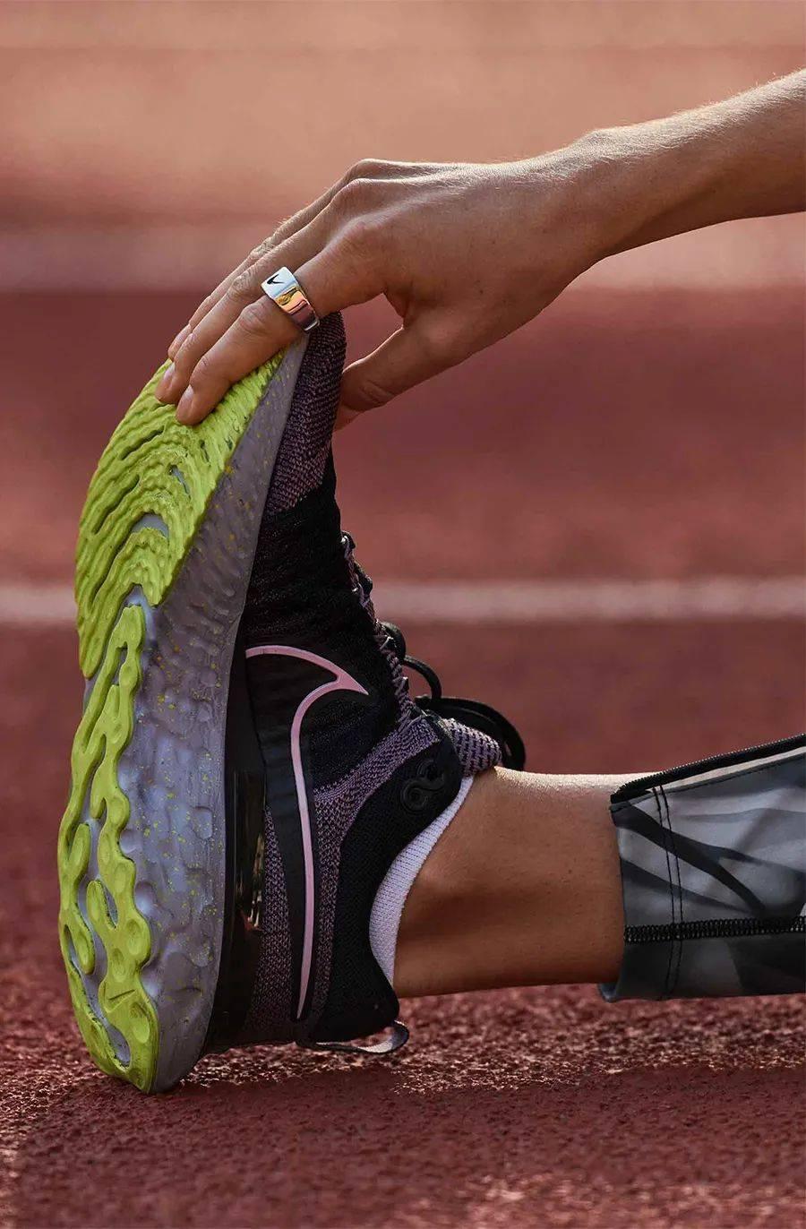 Nike 发布两双新跑鞋!ZoomX 家族