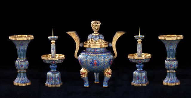 赏宫廷艺术珍品 触清代历史断面