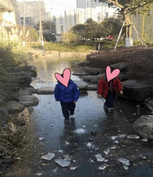今早平湖气温创新低!马桶冻住、河面冻牢、冰上行走……回暖有消息了!