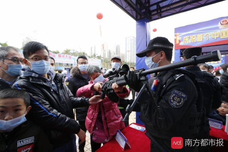 """江门公安庆祝首个""""中国人民警察节"""",高精尖装备纷纷亮相"""