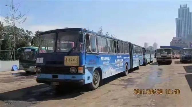 """太原""""大一路""""第四代公交车亮相!"""