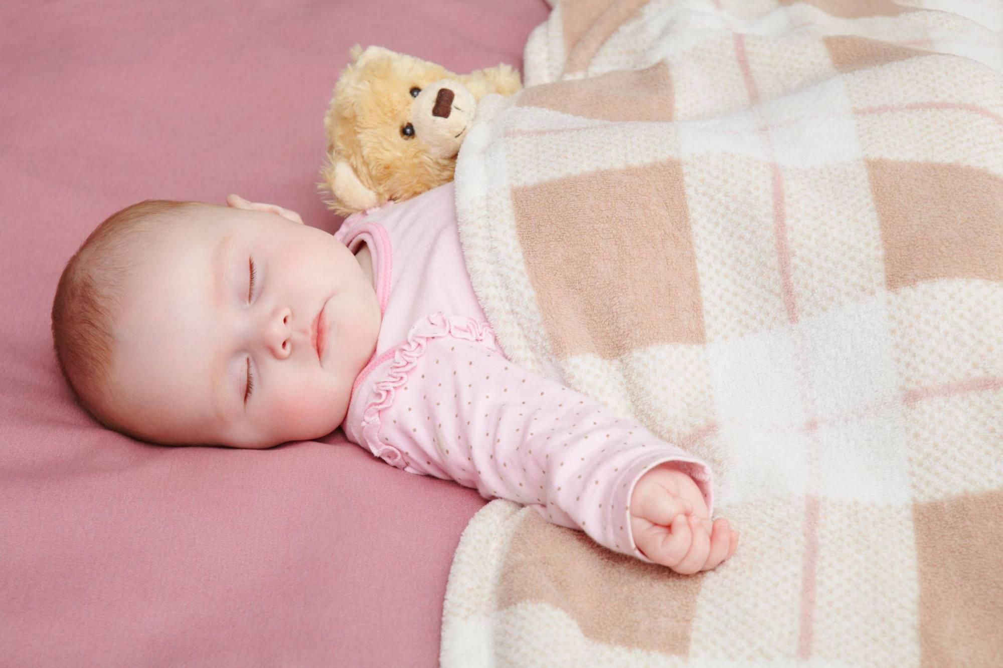 睡前讲故事好处多,家长注意三个小细节,对宝宝脑发育更好  第4张