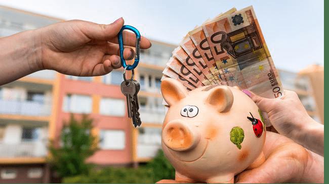"""10年后,房产和现金哪个更有""""前途""""?专家直言不讳"""