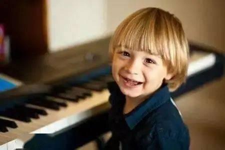 音乐启蒙越早越好!真的可以让孩子越来越聪明!