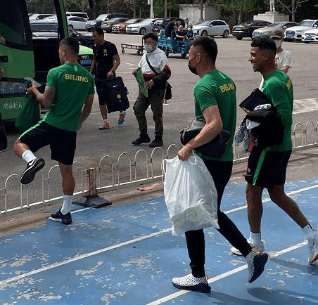 国安教练组满意阿兰状态 未来两周继续热身赛安排