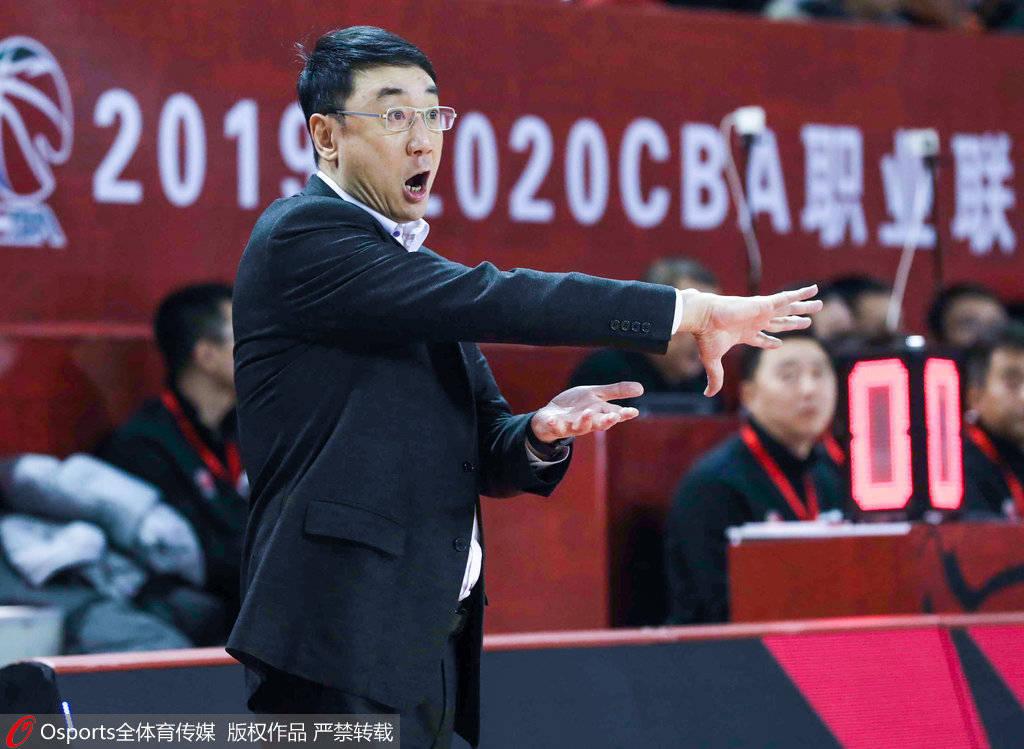 王非:山西男篮全华班备战 国内球员需要更多担当