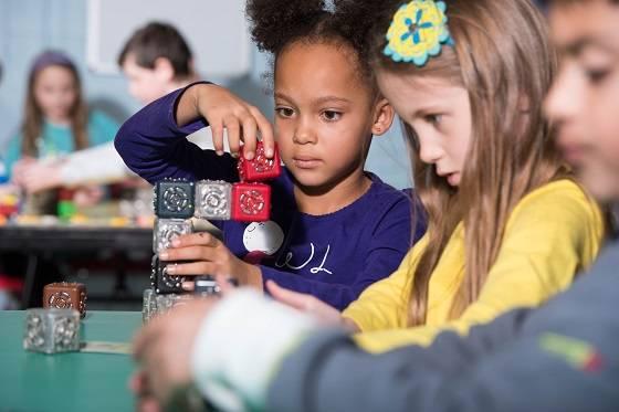 Modular Robotics与立务教育建立独家合作伙伴关系