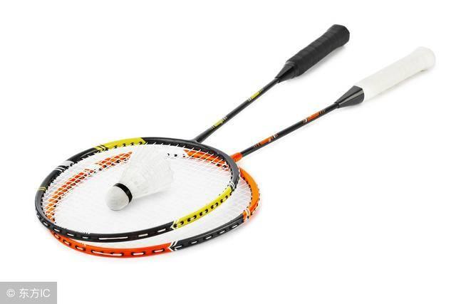 如何选择羽毛球拍,初学者如何选择羽毛球拍插图