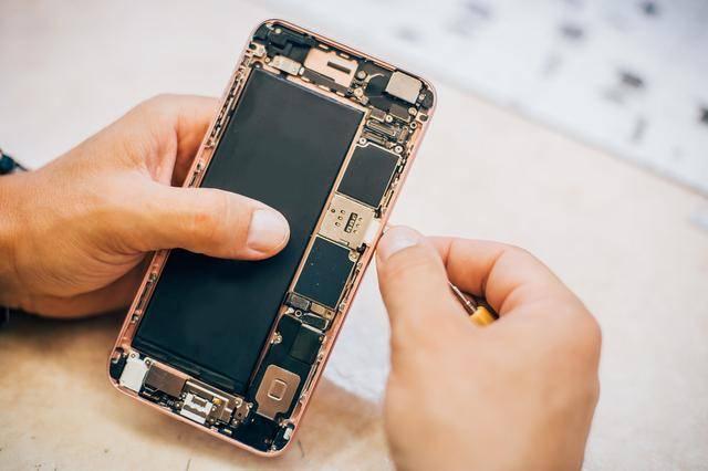 回收旧手机如何赚钱(下乡收旧手机技巧)