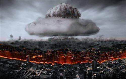 日本长崎核爆炸后的幸存者,哭诉:人类不要再制造我这样的怪物了