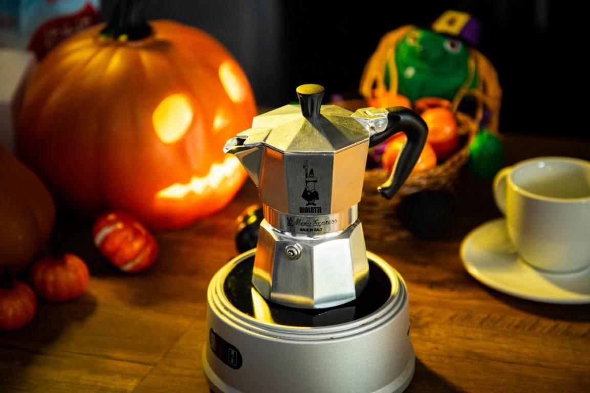 摩卡壶世家比乐蒂,玩转万圣节咖啡12bet