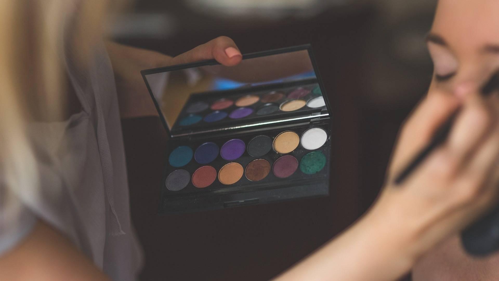中国1/3女性敏感肌群体,国货化妆品牌机会在何处?