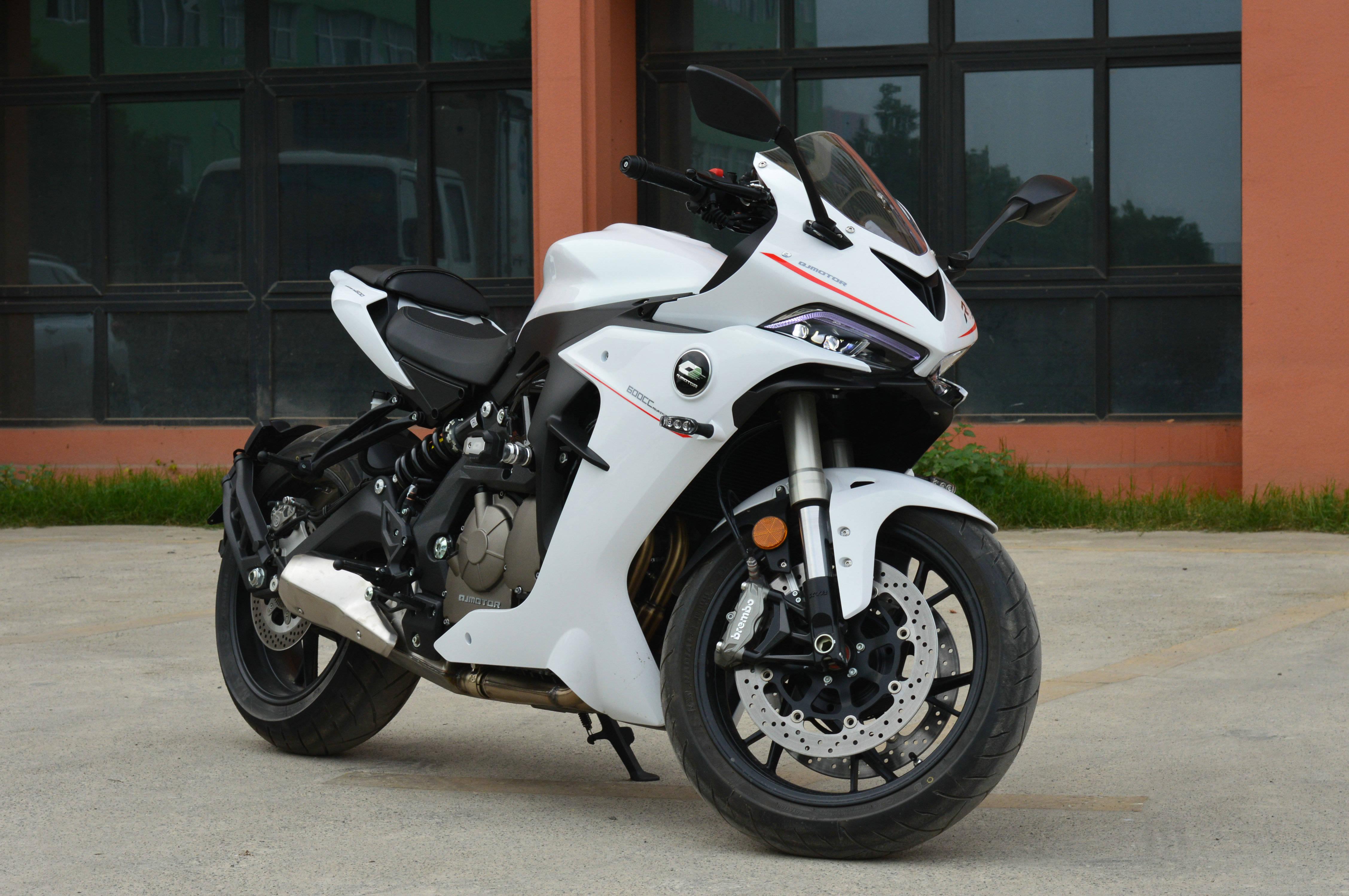 国产摩托跑车依然是短板 2020年值得买的跑车有哪些?