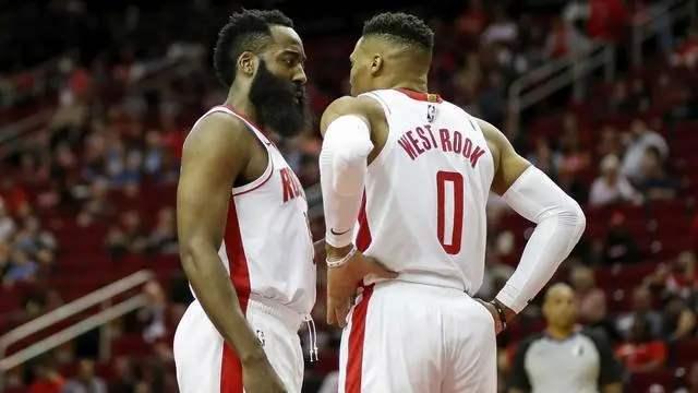 当今NBA三大奇怪现象!尼克斯有钱签不到人,森林狼一直在重建