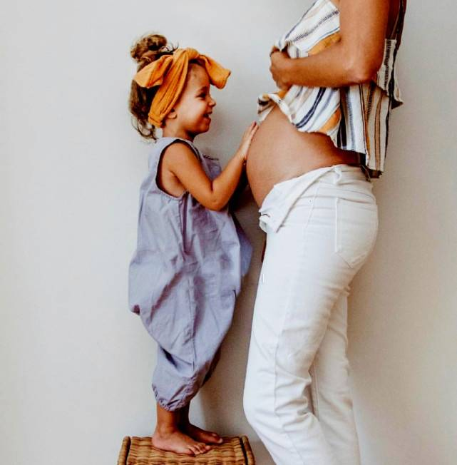 老大是二胎的最强阻力?让大宝快速接受二宝 父母只需做好这3点-家庭网