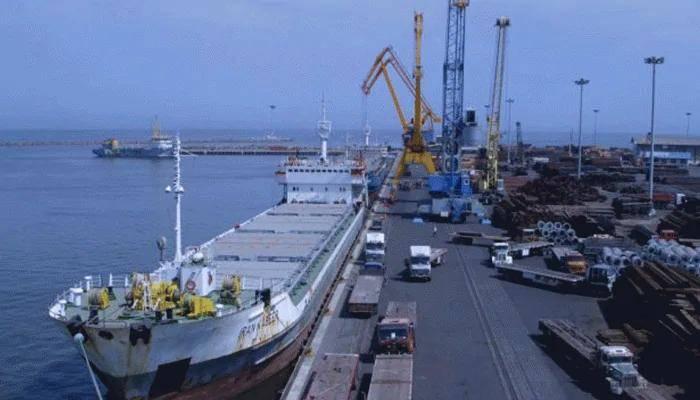 印度通过不凡法子从意 大利购买了港口起重机,