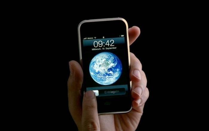 原创             如果乔布斯还在,iPhone 应该长这个