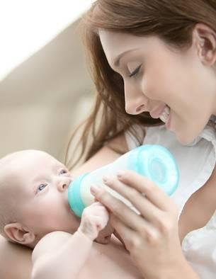 奶粉喂养宝宝适当补充妈咪爱等益生菌,更利肠道健康