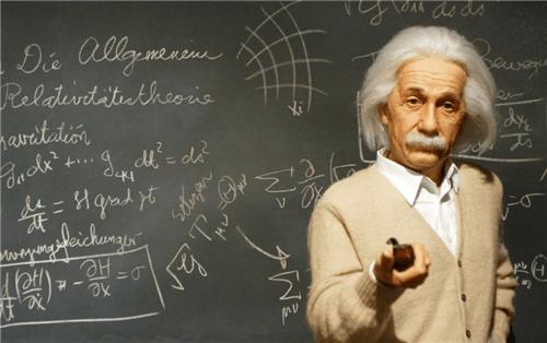 """""""时间""""并不存在?爱因斯坦、牛顿早已看穿,只是人类不愿相信"""