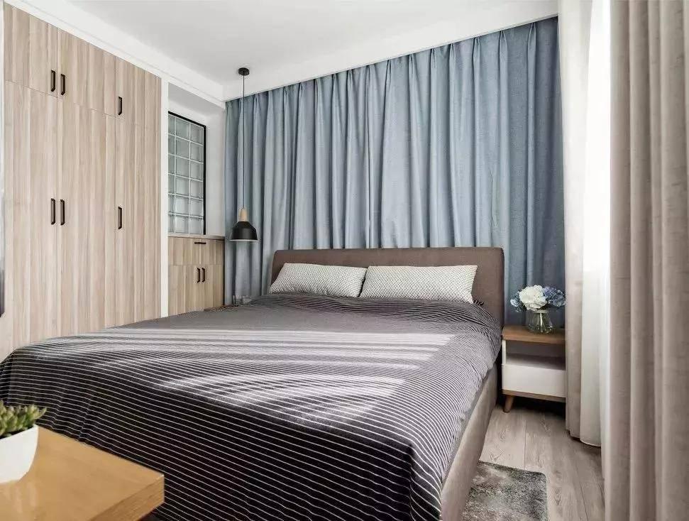 卧室装修别买大衣柜了,现在流行这样装,十年木工看了都拍案叫绝
