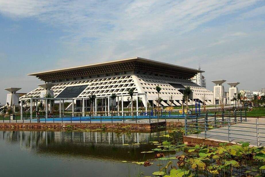安阳将迎来新机场,耗资11.324亿元,2021年建成,这个县城将腾